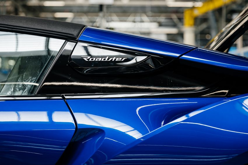 BMW i8 production ends with 18 special coloured cars Image #1137143