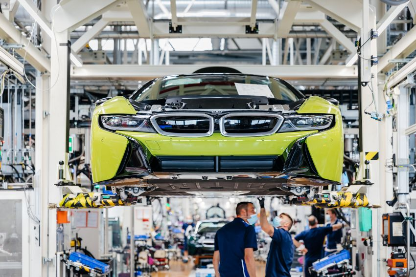 BMW i8 production ends with 18 special coloured cars Image #1137145