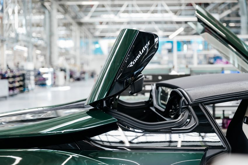 BMW i8 production ends with 18 special coloured cars Image #1137155