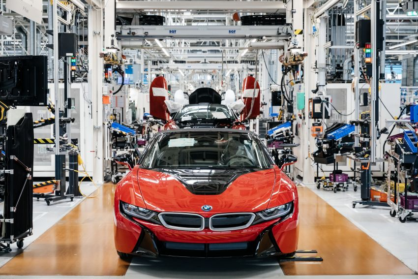 BMW i8 production ends with 18 special coloured cars Image #1137179