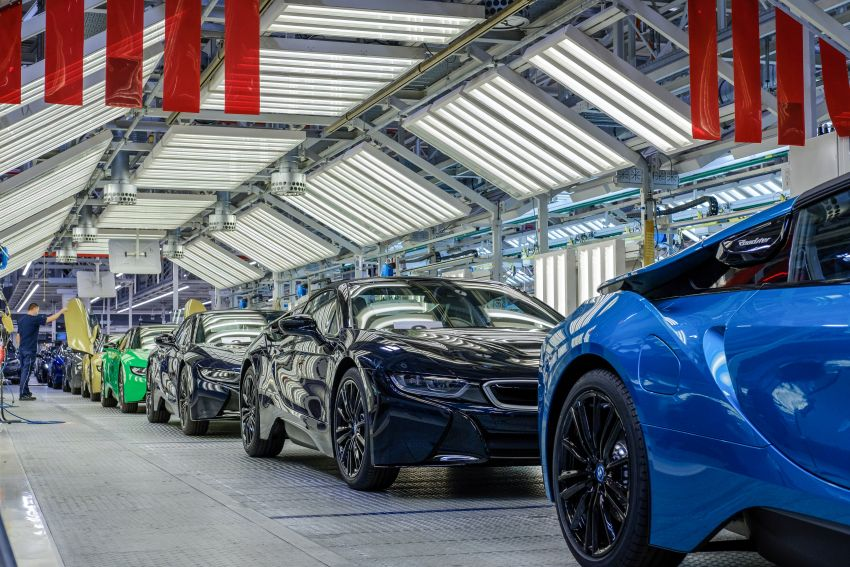 BMW i8 production ends with 18 special coloured cars Image #1137184