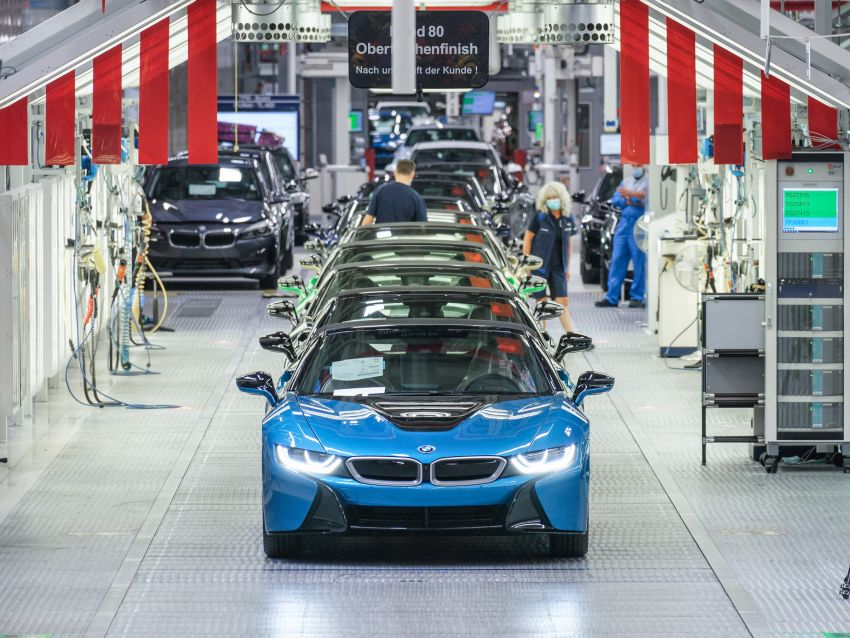 BMW i8 production ends with 18 special coloured cars Image #1137185