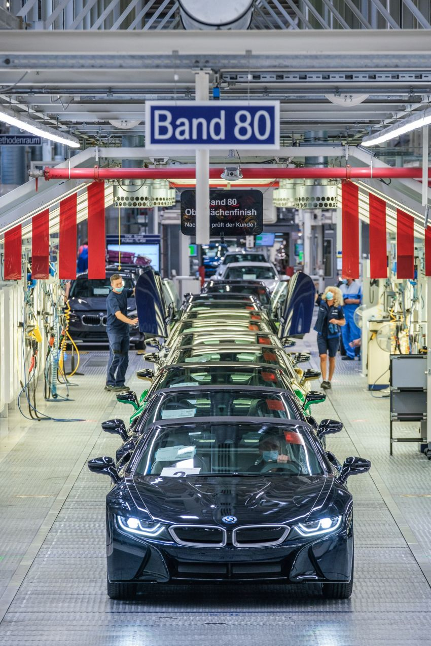 BMW i8 production ends with 18 special coloured cars Image #1137186