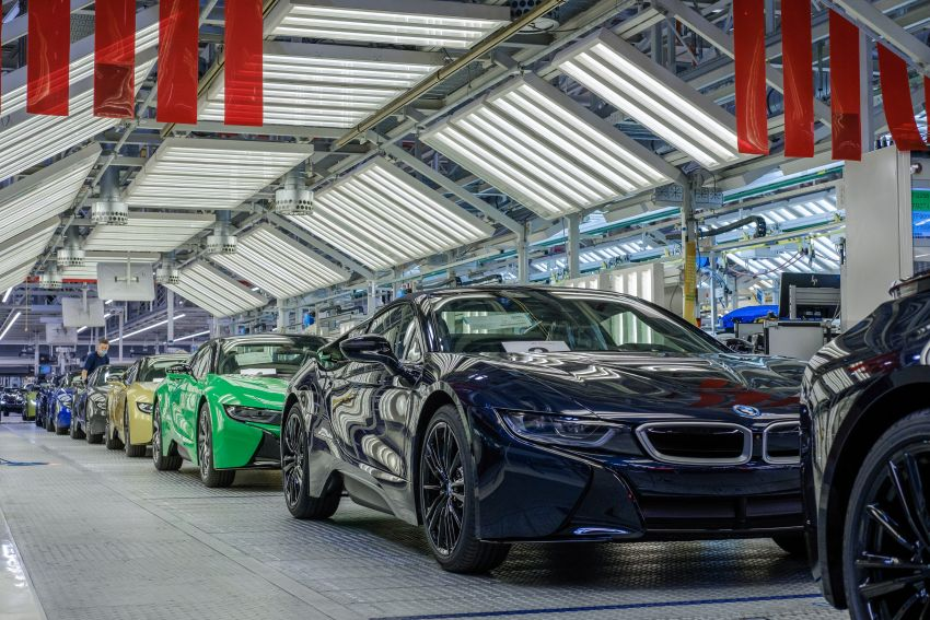 BMW i8 production ends with 18 special coloured cars Image #1137188