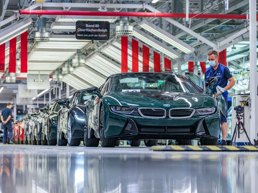 BMW i8 production ends with 18 special coloured cars Image #1137194