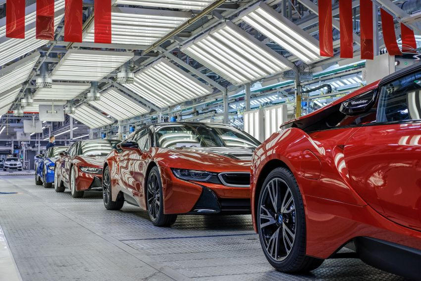 BMW i8 production ends with 18 special coloured cars Image #1137196