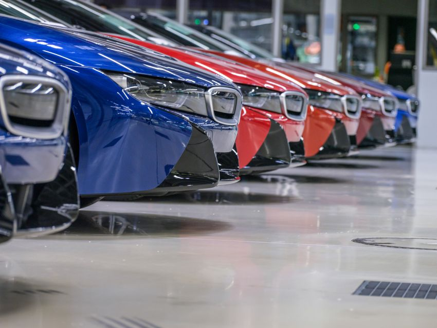 BMW i8 production ends with 18 special coloured cars Image #1137202