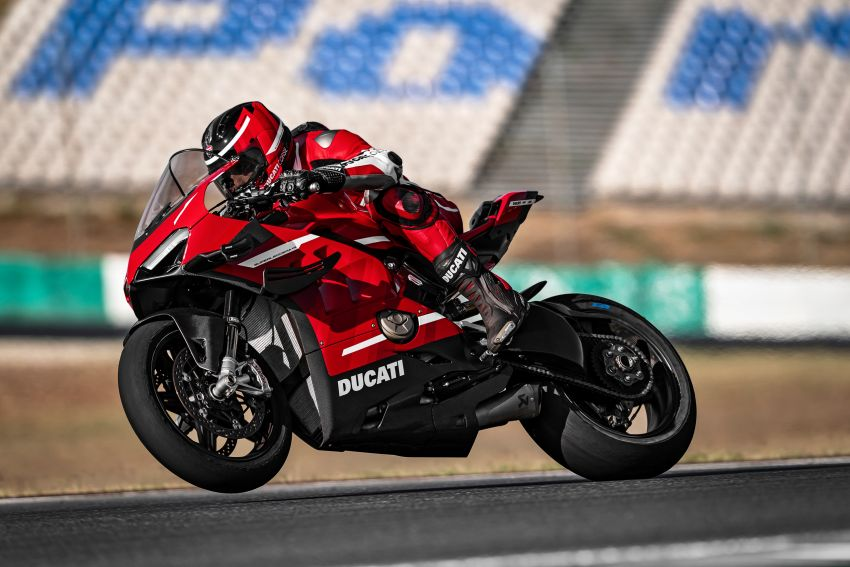 2020 Ducati Superleggera V4 production begins – 226 hp, 159 kg dry weight, only 500 to be made Image #1132542