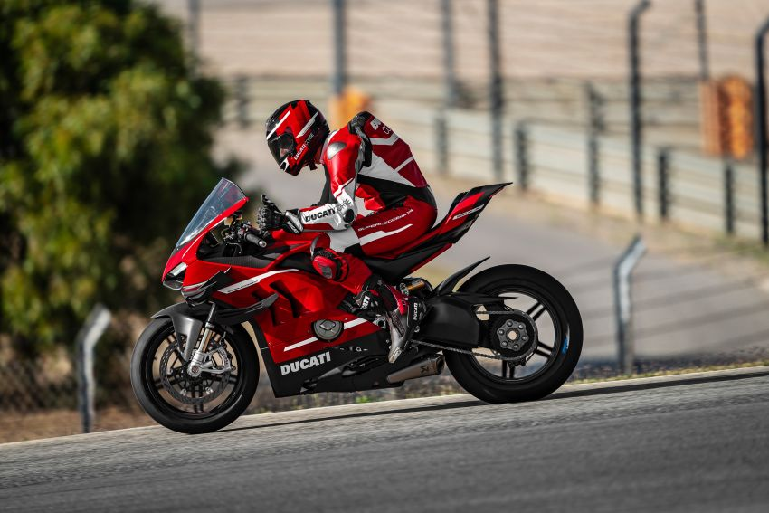 2020 Ducati Superleggera V4 production begins – 226 hp, 159 kg dry weight, only 500 to be made Image #1132543