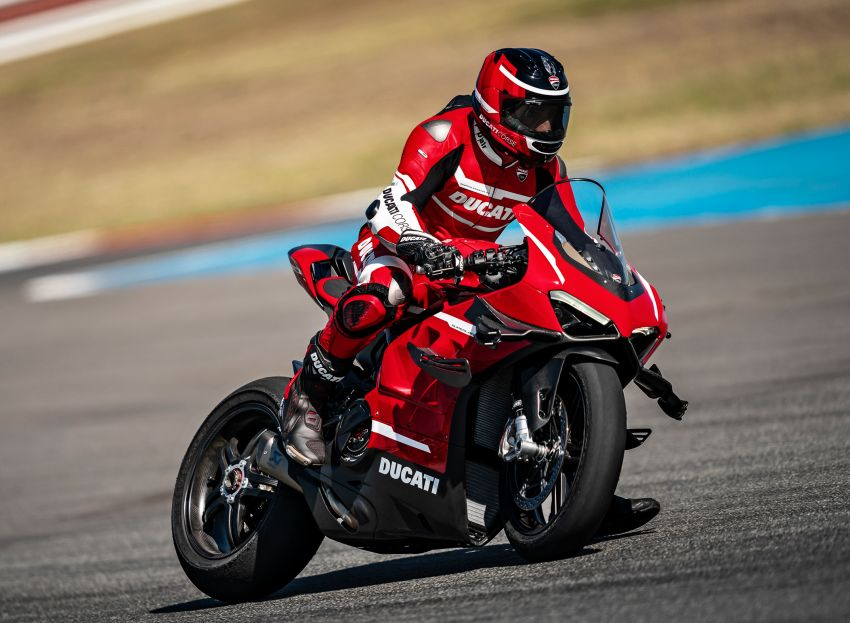 2020 Ducati Superleggera V4 production begins – 226 hp, 159 kg dry weight, only 500 to be made Image #1132547