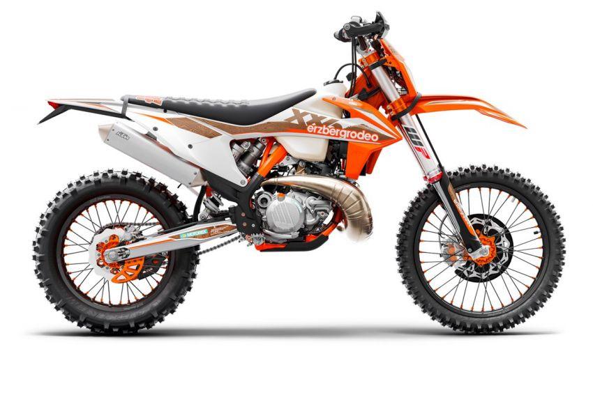 KTM unveils 2021 EXC motocross and enduro bikes Image #1135746
