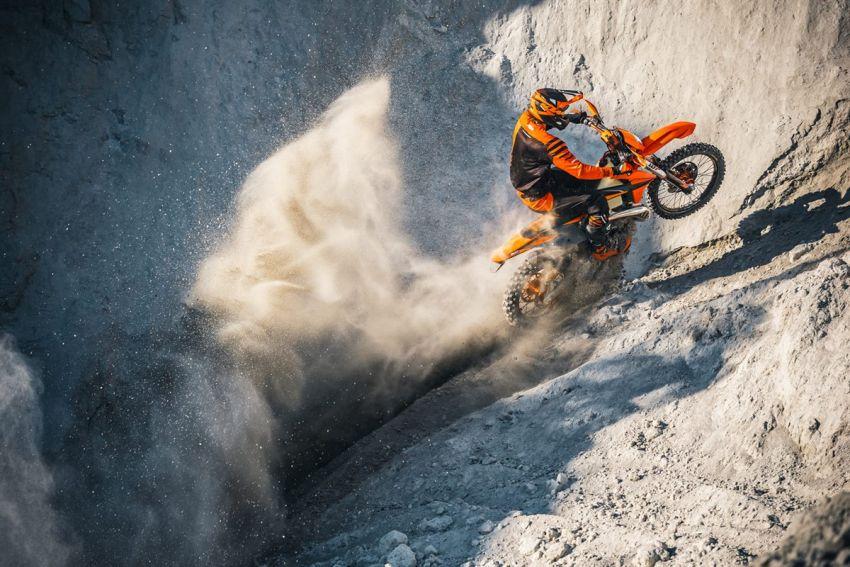 KTM unveils 2021 EXC motocross and enduro bikes Image #1135751