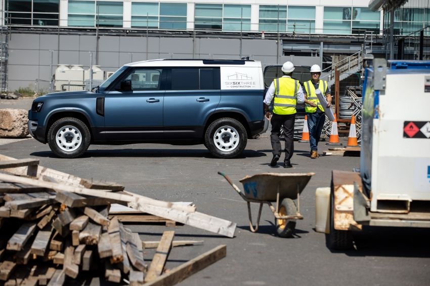 Land Rover Defender Hard Top commercial model returns; two wheelbase versions, 3,500 kg tow rating Image #1137787