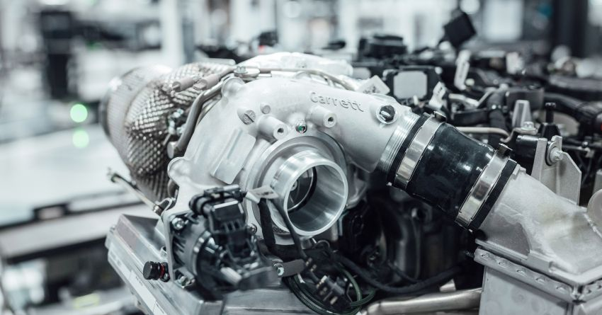 Mercedes-AMG shows off its new electric turbocharger Image #1132916