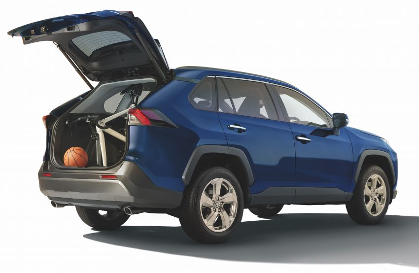 2020 Toyota RAV4 SUV launched in Malaysia – CBU Japan, 2.0L CVT RM196,500, 2.5L 8AT RM215,700 Image #1132645