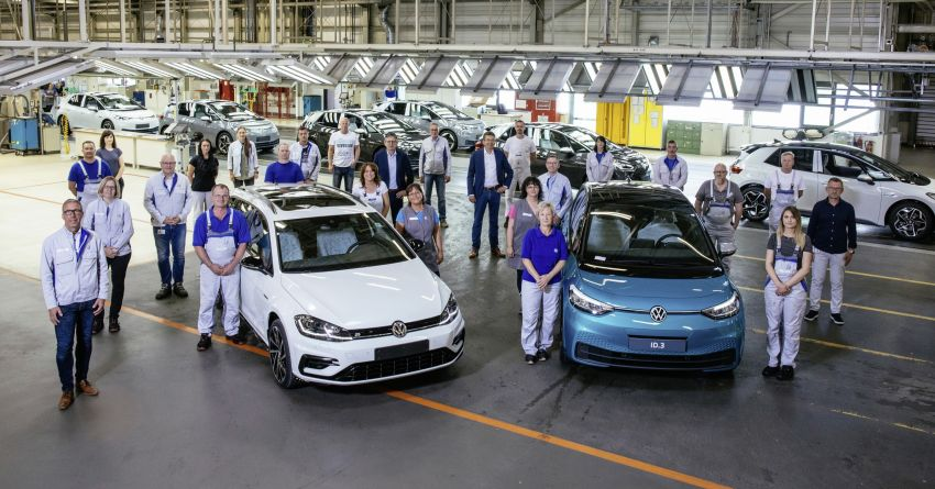 VW Group ends production of combustion-engined cars at Zwickau, to be Europe's largest EV factory Image #1137311