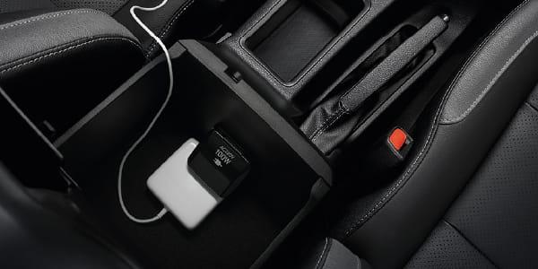 Toyota Hilux facelift didedahkan – rupa lebih garang, model 2.8L turbodiesel terima kuasa 204 hp/500 Nm Image #1126543