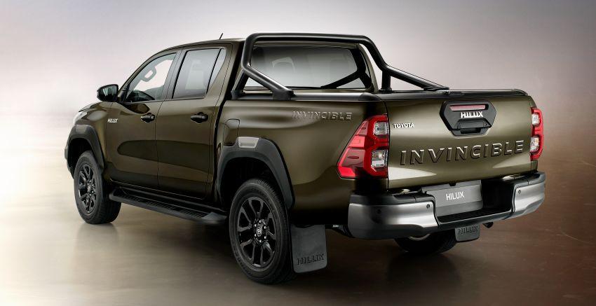 Toyota Hilux facelift didedahkan – rupa lebih garang, model 2.8L turbodiesel terima kuasa 204 hp/500 Nm Image #1126381