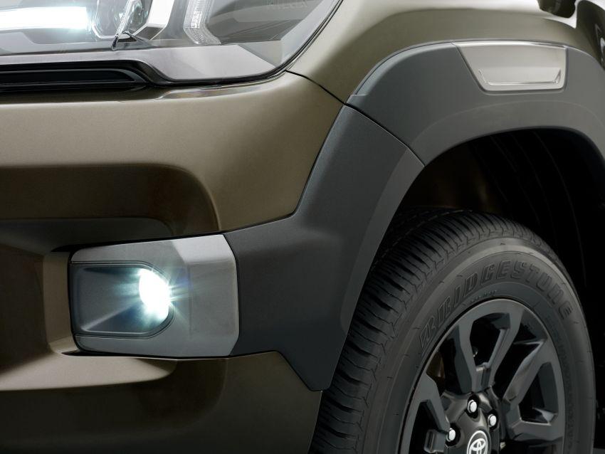 Toyota Hilux facelift didedahkan – rupa lebih garang, model 2.8L turbodiesel terima kuasa 204 hp/500 Nm Image #1126358