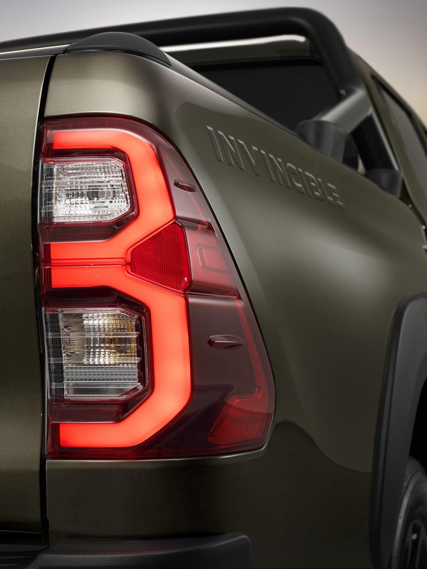 Toyota Hilux facelift didedahkan – rupa lebih garang, model 2.8L turbodiesel terima kuasa 204 hp/500 Nm Image #1126356