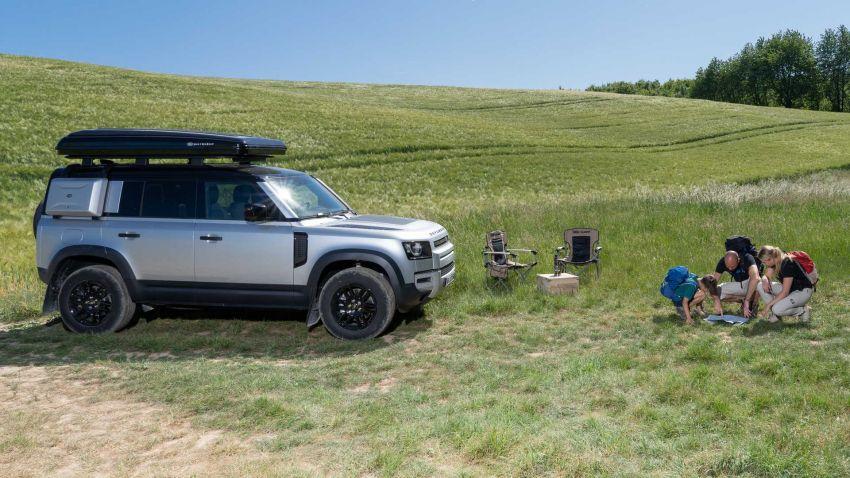 Land Rover Defender 110 2020 kini ditawarkan dengan opsyen khemah bumbung, dihasilkan oleh Autohome Image #1134980