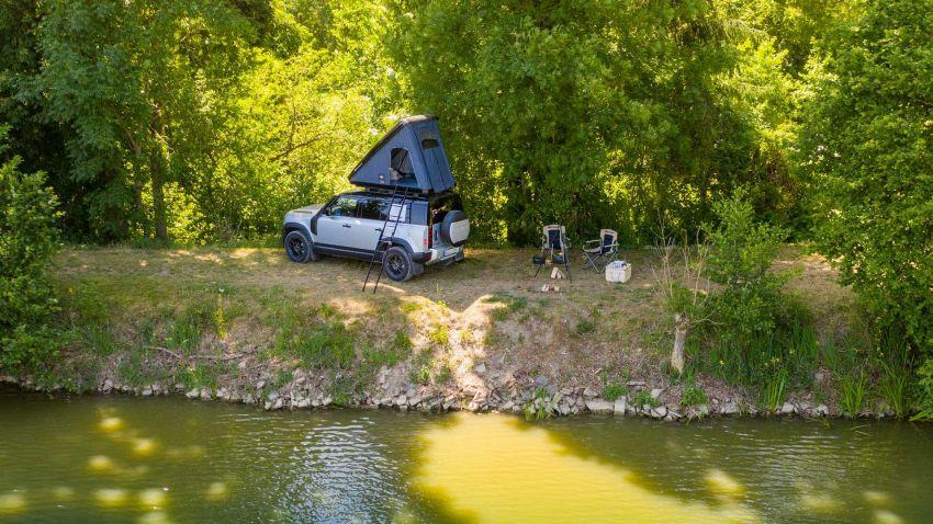 Land Rover Defender 110 2020 kini ditawarkan dengan opsyen khemah bumbung, dihasilkan oleh Autohome Image #1134991