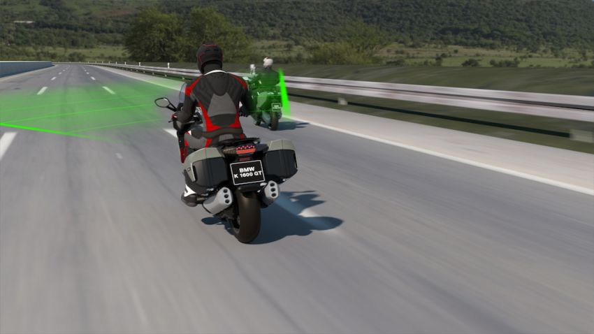 BMW Motorrad shows Active Cruise Control for bikes Image #1140113