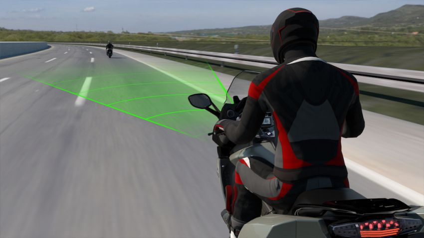 BMW Motorrad shows Active Cruise Control for bikes Image #1140115