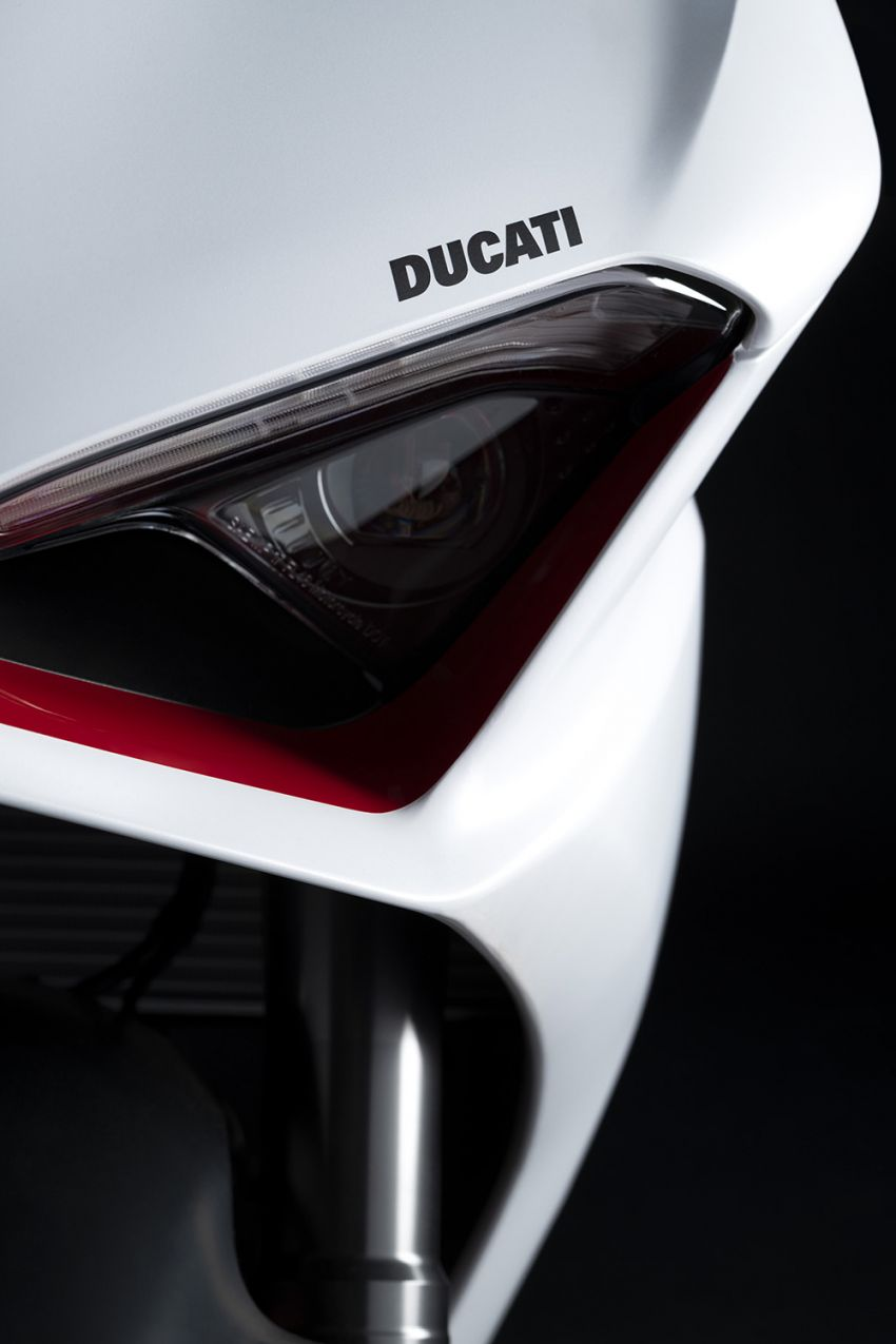2020 Ducati Panigale V2 now in White Rosso colour scheme, Malaysia launch in July pending approval Image #1139717