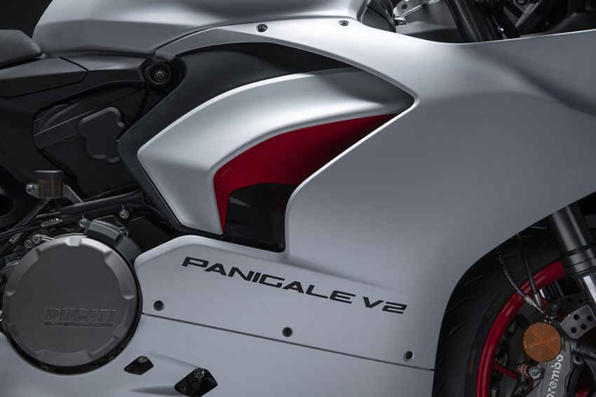 2020 Ducati Panigale V2 now in White Rosso colour scheme, Malaysia launch in July pending approval Image #1139727