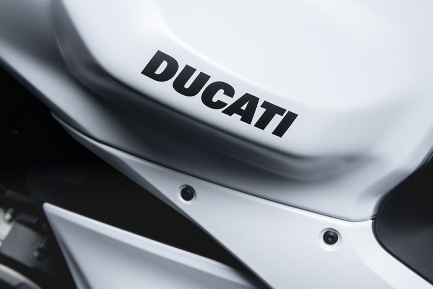 2020 Ducati Panigale V2 now in White Rosso colour scheme, Malaysia launch in July pending approval Image #1139730