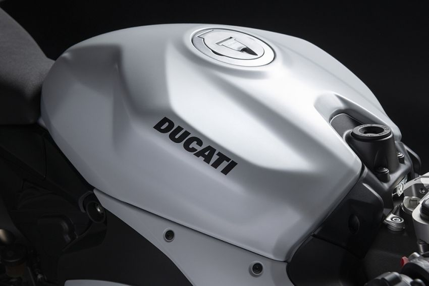 2020 Ducati Panigale V2 now in White Rosso colour scheme, Malaysia launch in July pending approval Image #1139731