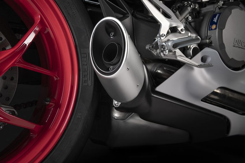 2020 Ducati Panigale V2 now in White Rosso colour scheme, Malaysia launch in July pending approval Image #1139732