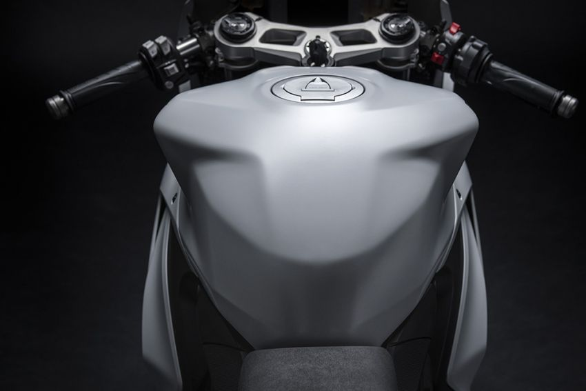 2020 Ducati Panigale V2 now in White Rosso colour scheme, Malaysia launch in July pending approval Image #1139737