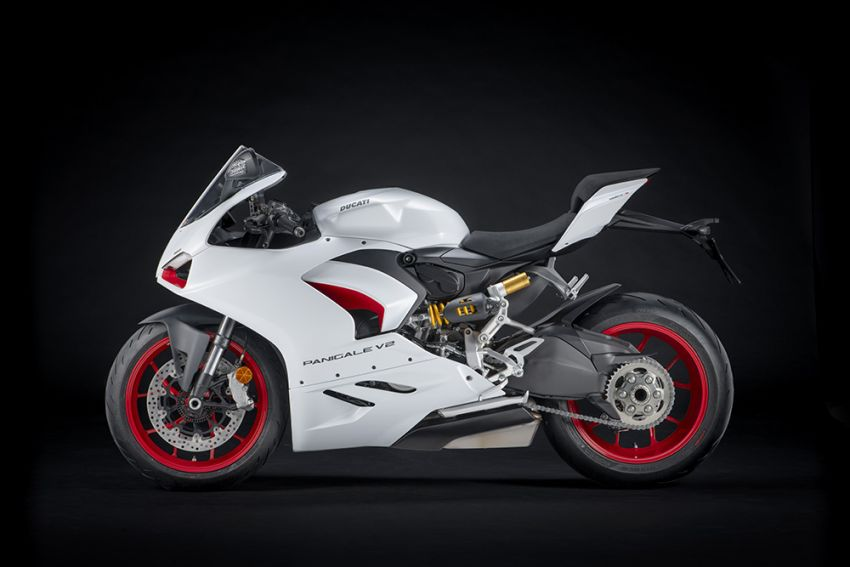 2020 Ducati Panigale V2 now in White Rosso colour scheme, Malaysia launch in July pending approval Image #1139710