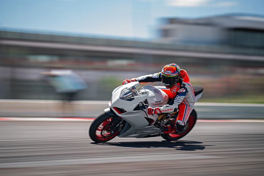 2020 Ducati Panigale V2 now in White Rosso colour scheme, Malaysia launch in July pending approval Image #1139745