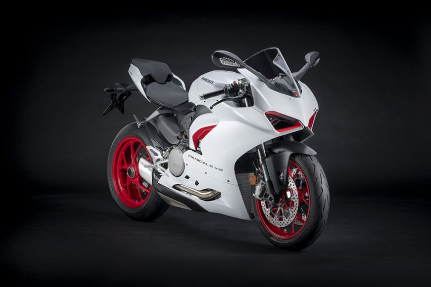 2020 Ducati Panigale V2 now in White Rosso colour scheme, Malaysia launch in July pending approval Image #1139711