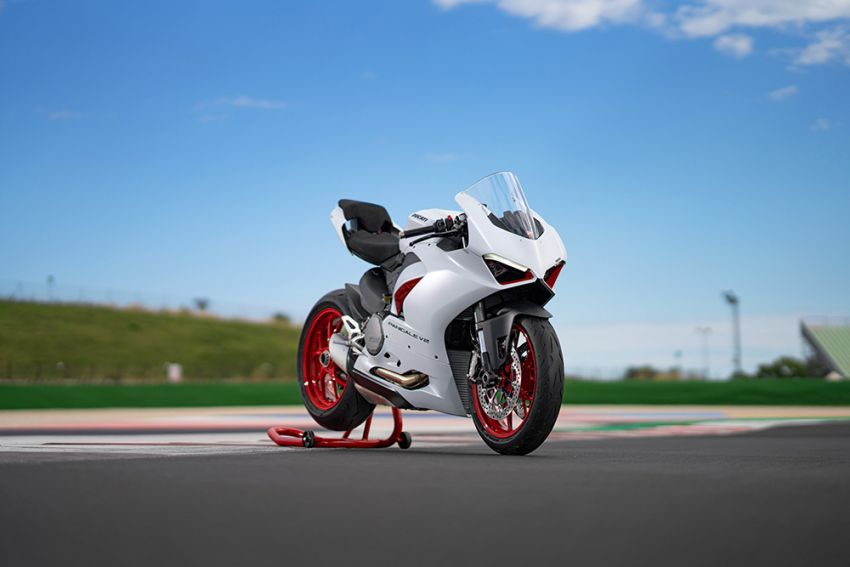 2020 Ducati Panigale V2 now in White Rosso colour scheme, Malaysia launch in July pending approval Image #1139771