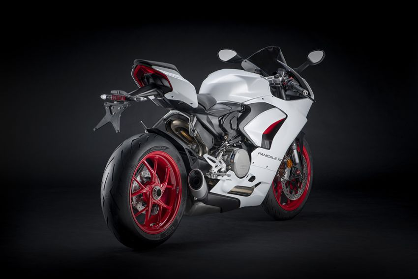 2020 Ducati Panigale V2 now in White Rosso colour scheme, Malaysia launch in July pending approval Image #1139713
