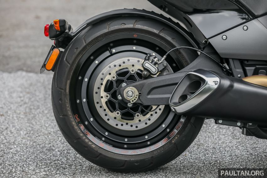 REVIEW: Harley-Davidson FXDR 114, RM116,400 – bringing power to the people, Milwaukee 8 style? Image #1149949