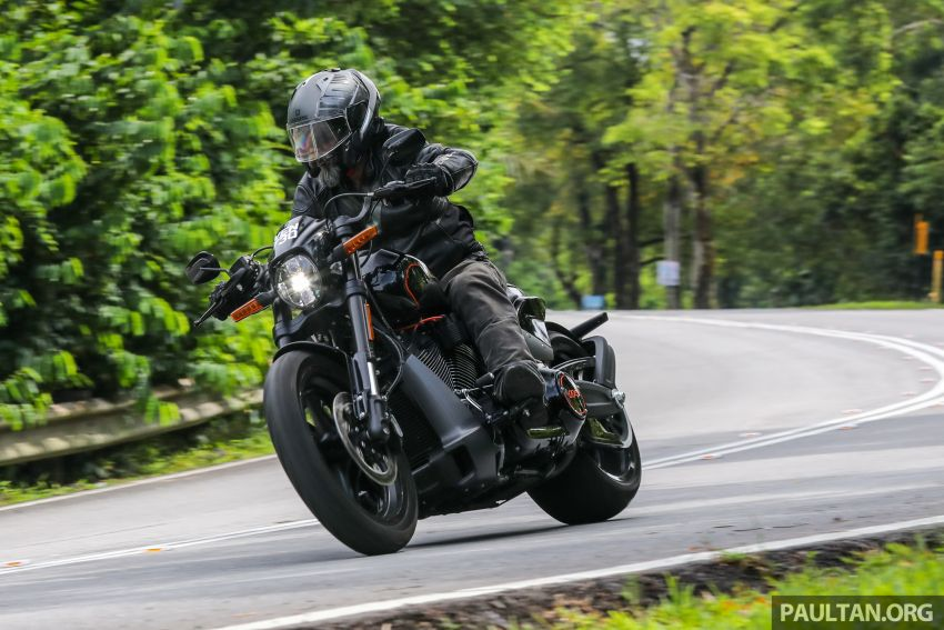 REVIEW: Harley-Davidson FXDR 114, RM116,400 – bringing power to the people, Milwaukee 8 style? Image #1153614
