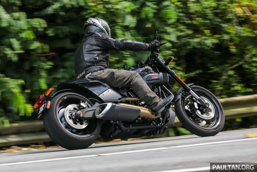 REVIEW: Harley-Davidson FXDR 114, RM116,400 – bringing power to the people, Milwaukee 8 style? Image #1153617