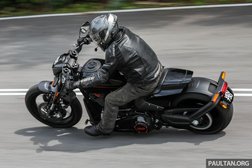 REVIEW: Harley-Davidson FXDR 114, RM116,400 – bringing power to the people, Milwaukee 8 style? Image #1153623