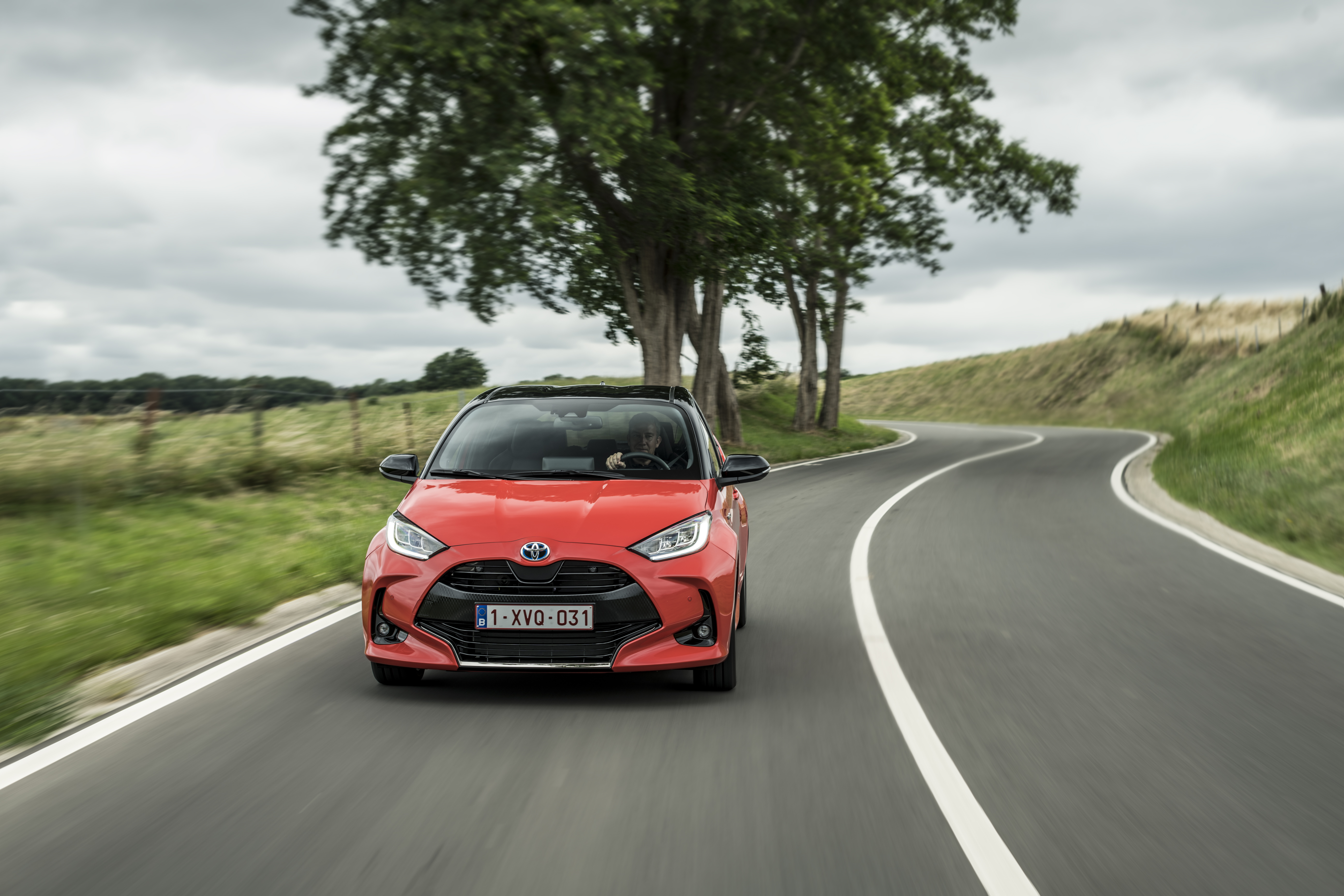 2020 toyota yaris detailed for europe - 125 ps petrol and