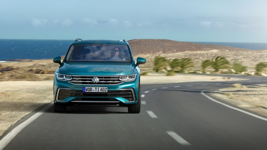 2020 Volkswagen Tiguan facelift debuts – updated styling and equipment; new PHEV, 320 PS R variants Image #1139035