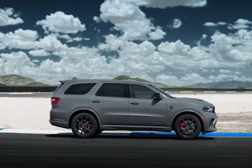 Dodge Durango SRT Hellcat – SUV paling berkuasa di dunia dengan enjin HEMI V8 6.2 liter berkuasa 710 hp Image #1140687