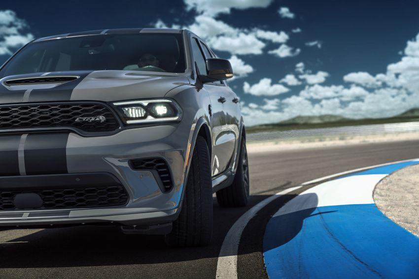 Dodge Durango SRT Hellcat – SUV paling berkuasa di dunia dengan enjin HEMI V8 6.2 liter berkuasa 710 hp Image #1140690