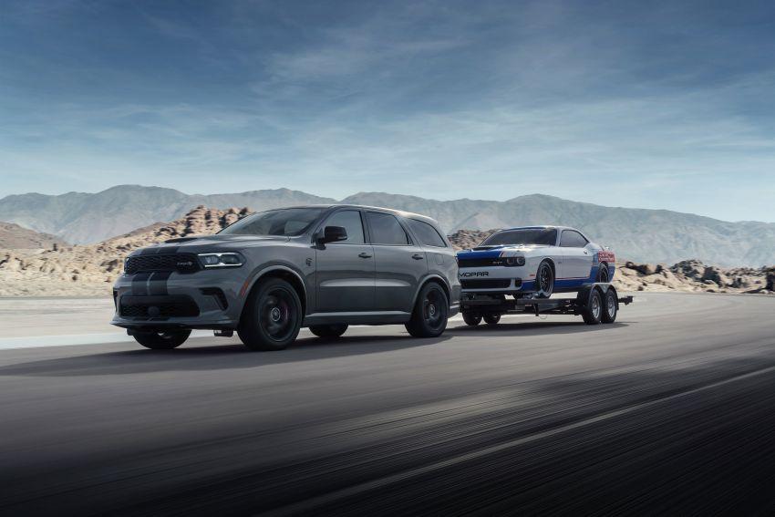 Dodge Durango SRT Hellcat – SUV paling berkuasa di dunia dengan enjin HEMI V8 6.2 liter berkuasa 710 hp Image #1140676