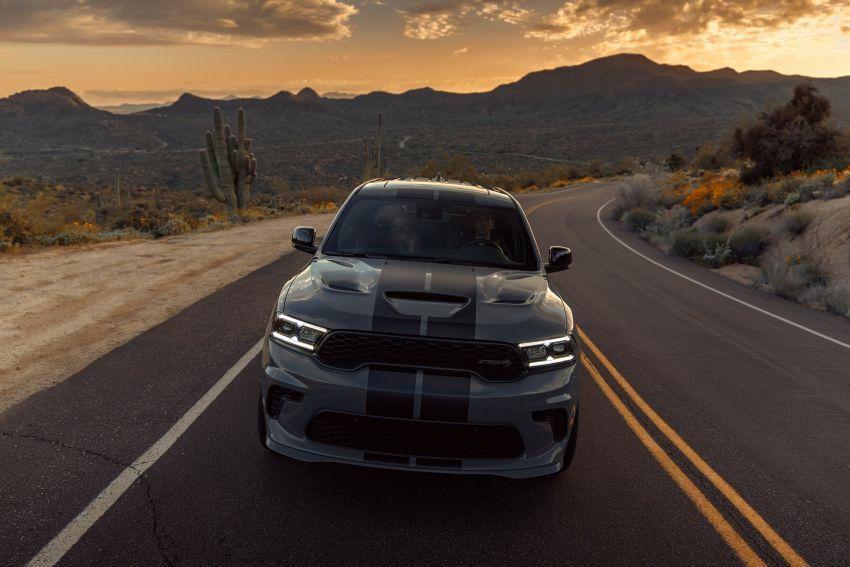 Dodge Durango SRT Hellcat – SUV paling berkuasa di dunia dengan enjin HEMI V8 6.2 liter berkuasa 710 hp Image #1140681