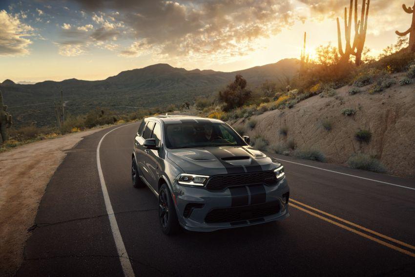 Dodge Durango SRT Hellcat – SUV paling berkuasa di dunia dengan enjin HEMI V8 6.2 liter berkuasa 710 hp Image #1140667